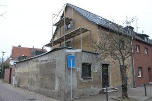 Haus in Hürth-Gleuel, Fassade - vorher