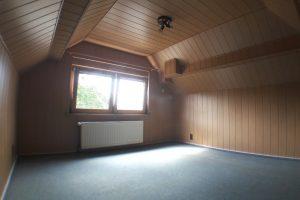 Haus in Hürth-Kendenich, Dachzimmer