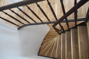 Haus in Vettweiß, Treppe - nachher